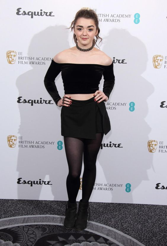 351546c5e304598548b411b939f84564 - GOT's Arya Stark-Sexy Images|Top 40 Seducing Pictures Of Maisie Williams will surely surprise you