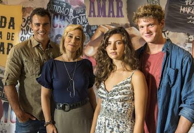 Joaquim ( Joaquim Lopes ), Ligia ( Paloma Duarte ), Rita ( Alanis Guillen ) e Felipe ( Pedro Novaes )