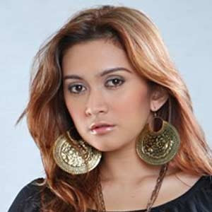 Download Lagu Nafa Urbach Full Album Mp3 Terlengkap
