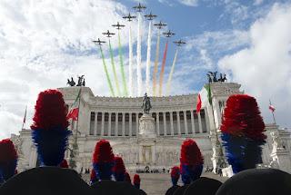 """70^ ANNIVERSARIO DELLA REPUBBLICA ITALIANA. MATTARELLA: """"VIVA LE FORZE ARMATE"""""""