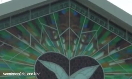 Imagen de un demonio en iglesia Pare de Sufrir