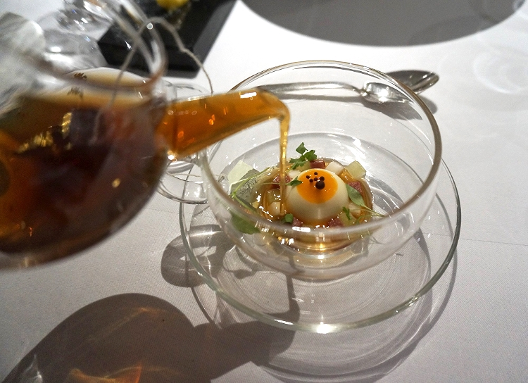 Euriental | dinner at the Fat Duck, Bray, by Heston Blumenthal. Mad Hatter's Tea Party.