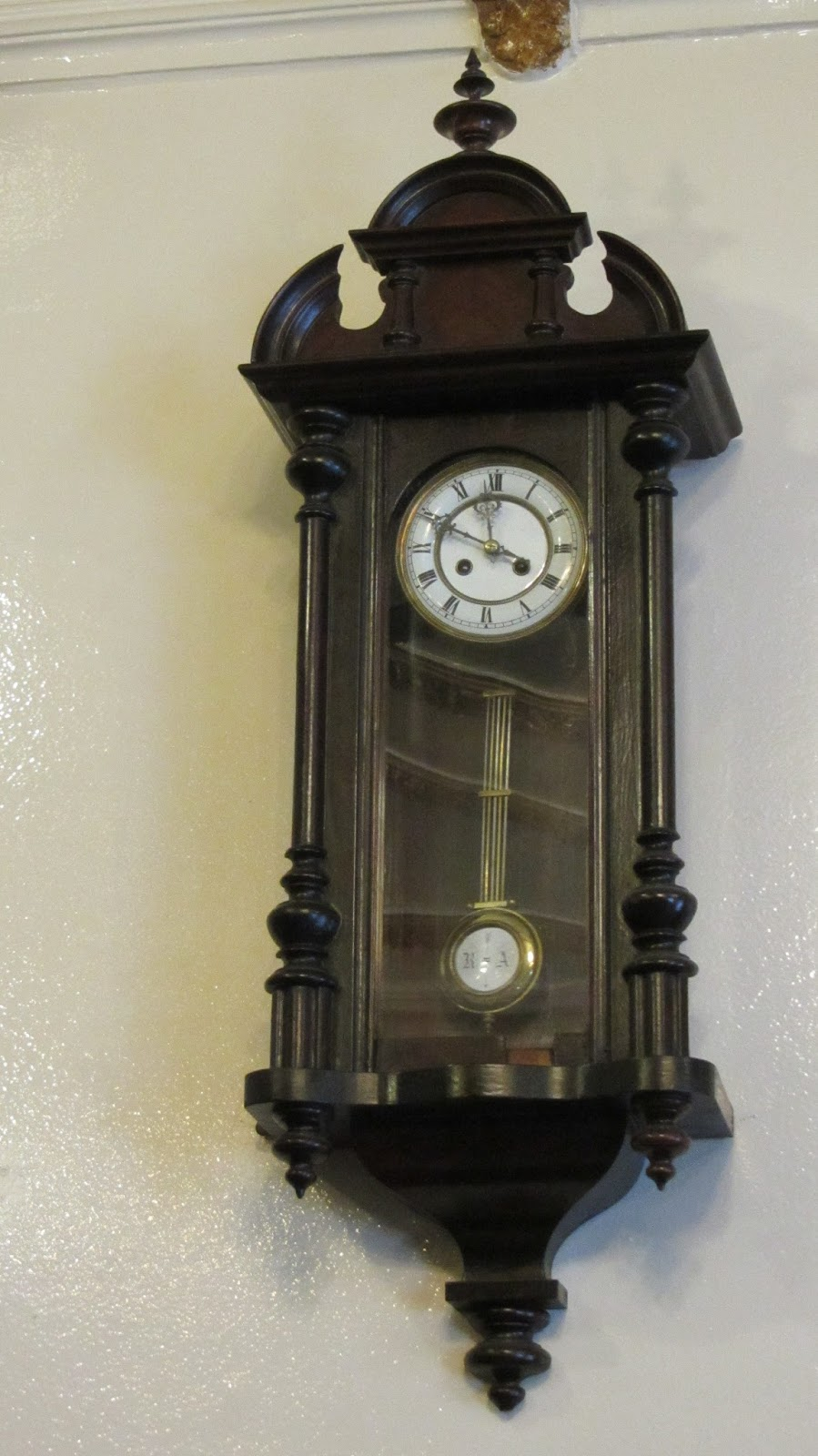 Madridmetropolis detalles de madrid la otra colecci n de relojes de madrid - Reloj de pared gigante ...