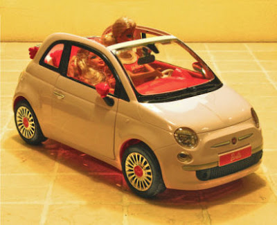 5ooblog fiat 5oo new fiat 500 barbie 39 s car. Black Bedroom Furniture Sets. Home Design Ideas