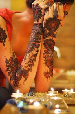 Beautiful-Arabic-Mehndi-Designs-for-Full-Hands-In-India-3