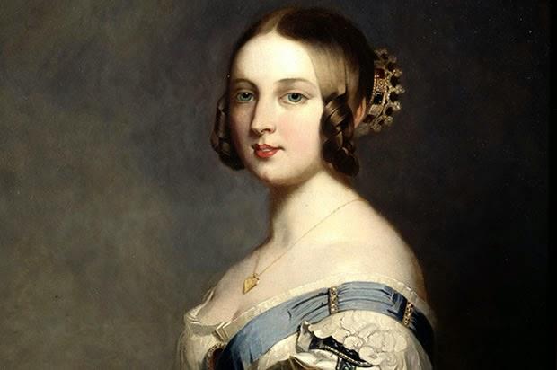 Queen Hairstyles: Gothic Horror: Victorian Hairstyles