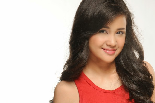 Miss celebrity asal medan indonesia