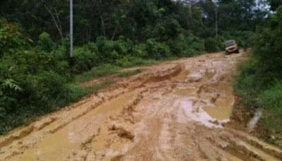 Ekonomi Lumpuh Disusul Harga Kebutuhan Meroket, Dua Desa di Tabir Keluhkan Jalan Rusak