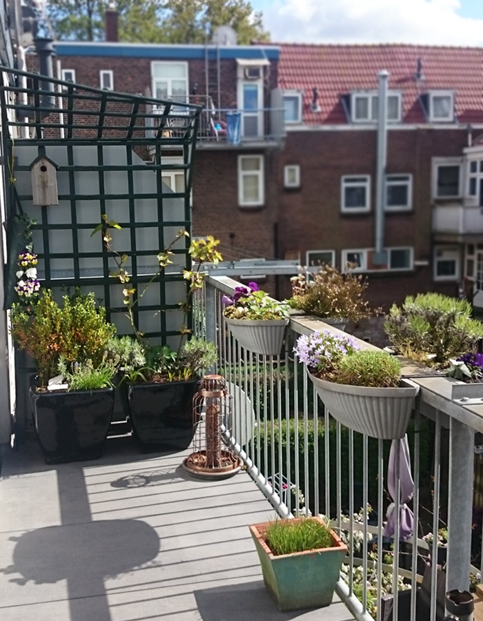 een kijkje op ons balkon wonen maken leven. Black Bedroom Furniture Sets. Home Design Ideas