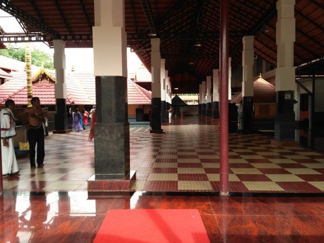 Malliyoor Maha Ganapathy Temple Prakaram