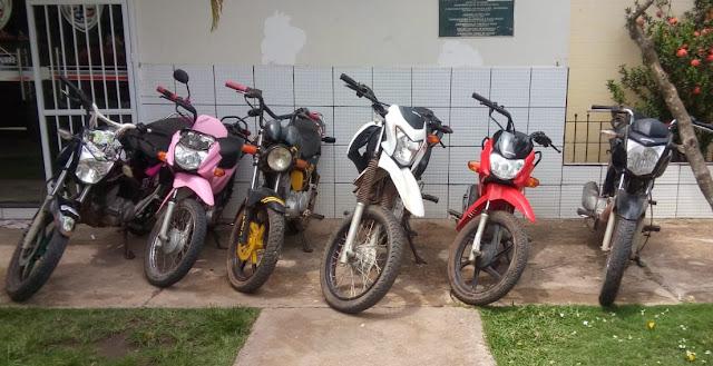 Polícia Militar recupera 06 motos roubadas em Anapurus.