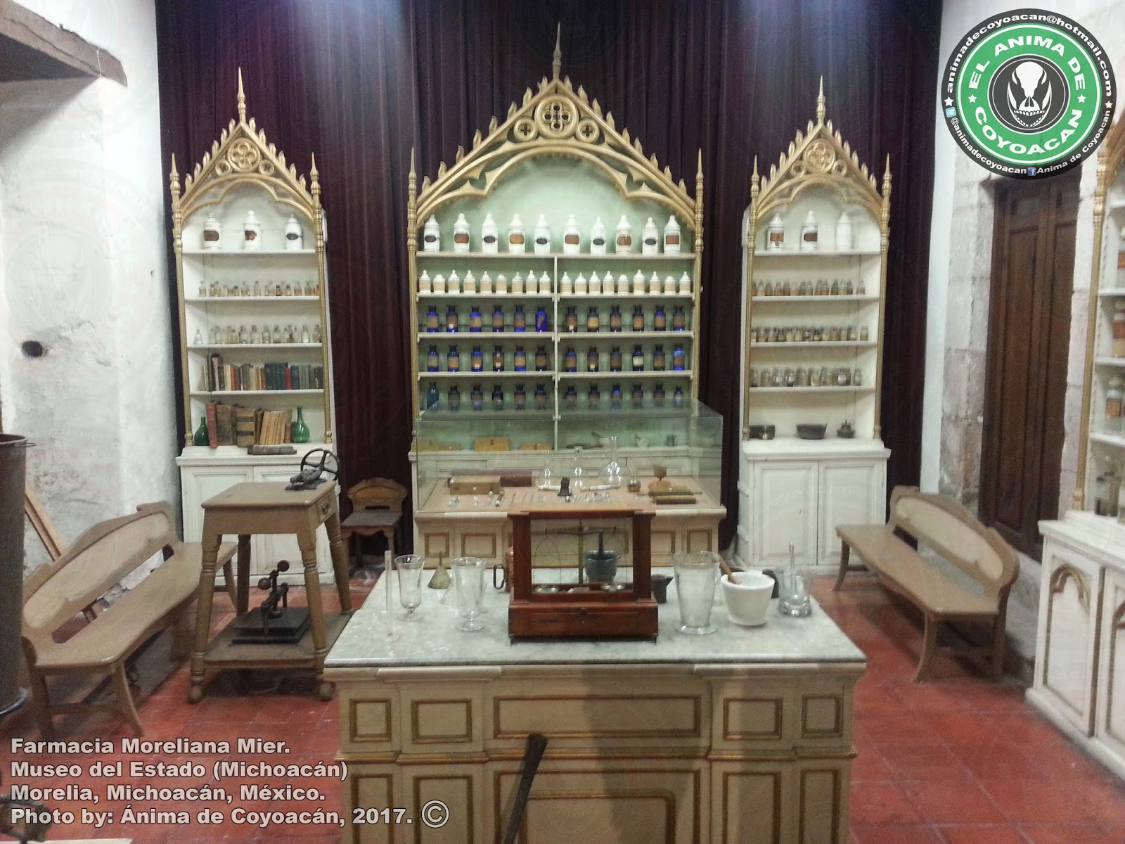 El Blog Del Anima De Coyoacan Antigua Farmacia Mier Museo Del  # Muebles Michoacan