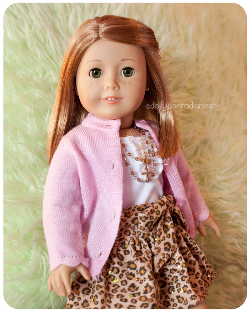 Meet our American Girl doll, Hope. Read 18 inch doll diaries at our American Girl Doll House. Visit our 18 inch dolls dollhouse!