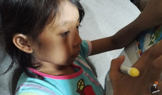 Sakit Ke Kena Anak Kena Tindik Telinga?