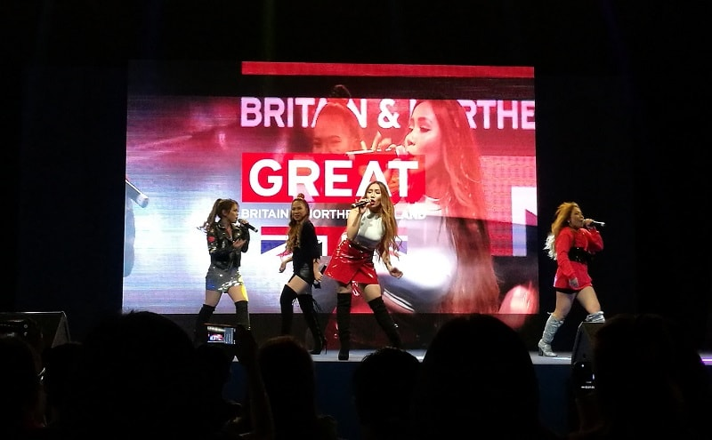 LIVE performance of Filipino girl band group 4th Impact