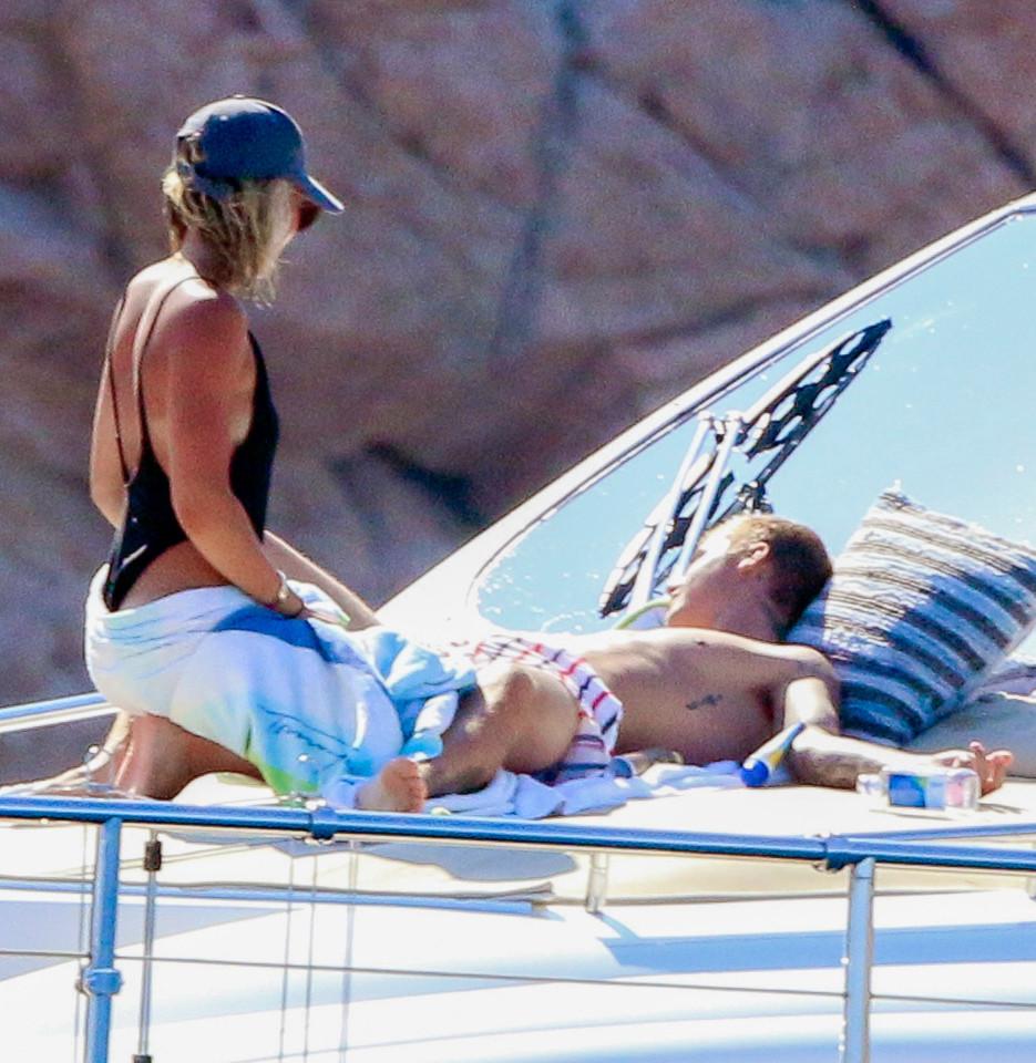Boobs Bikini Justin Bieber Sofia Richie naked photo 2017