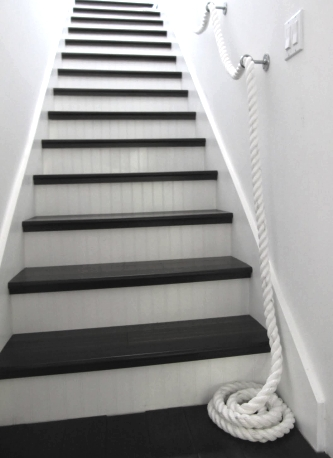 thick rope stair railing idea