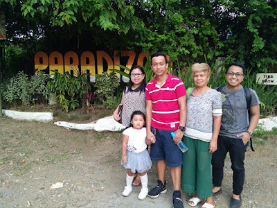 Paradizoo Zoo in Tagaytay