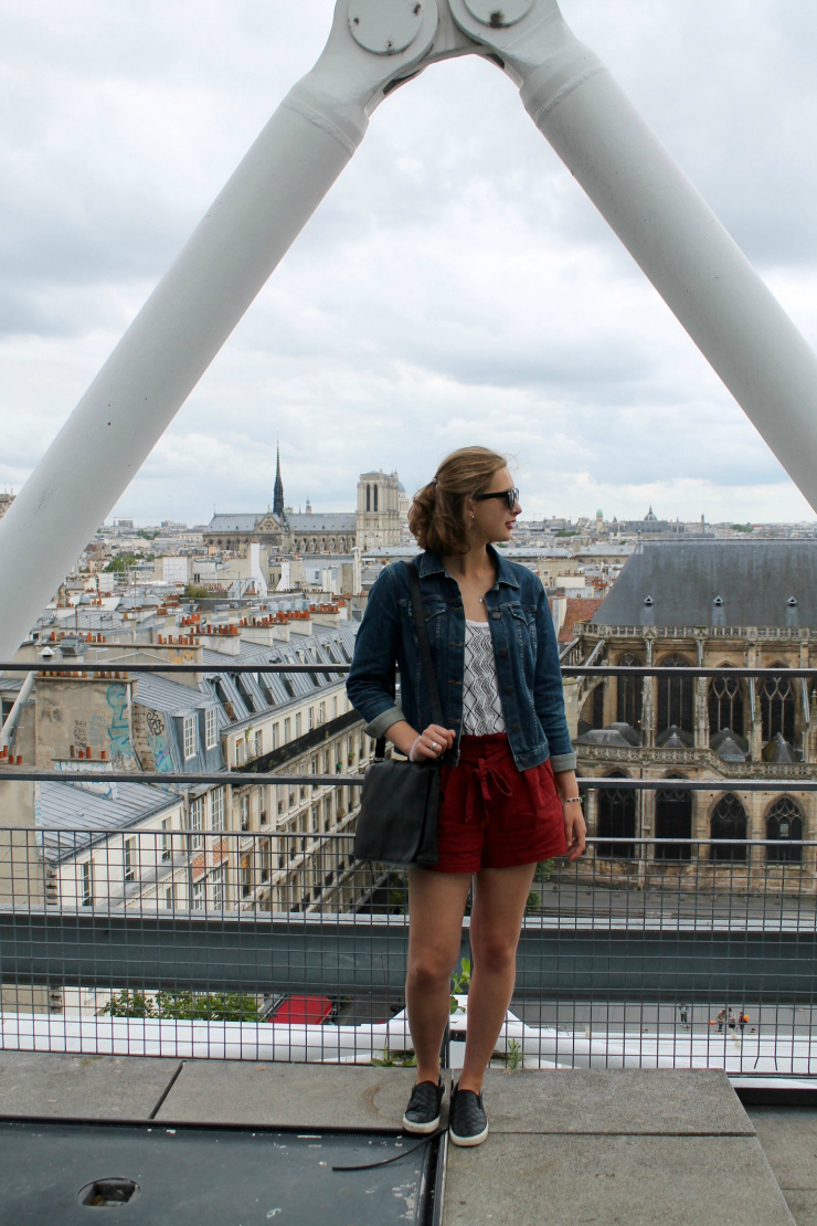 Mango tie shorts in Paris