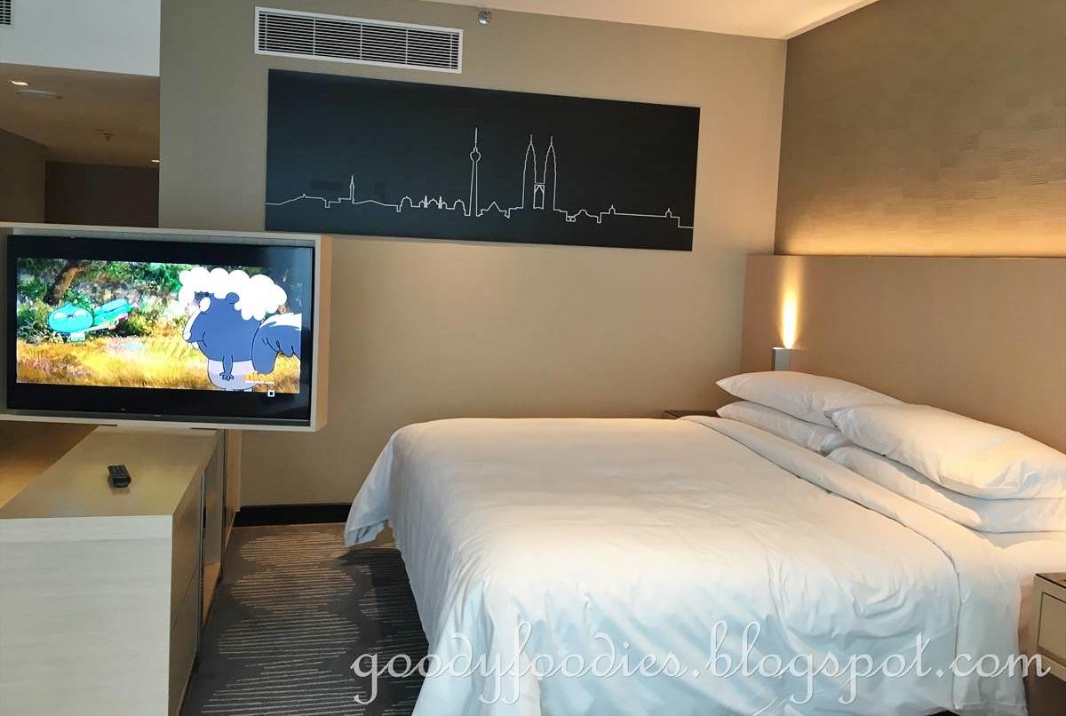 Goodyfoodies Hotel Review Renaissance Kuala Lumpur Hotel
