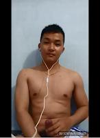 [2339] Nice boy show cock