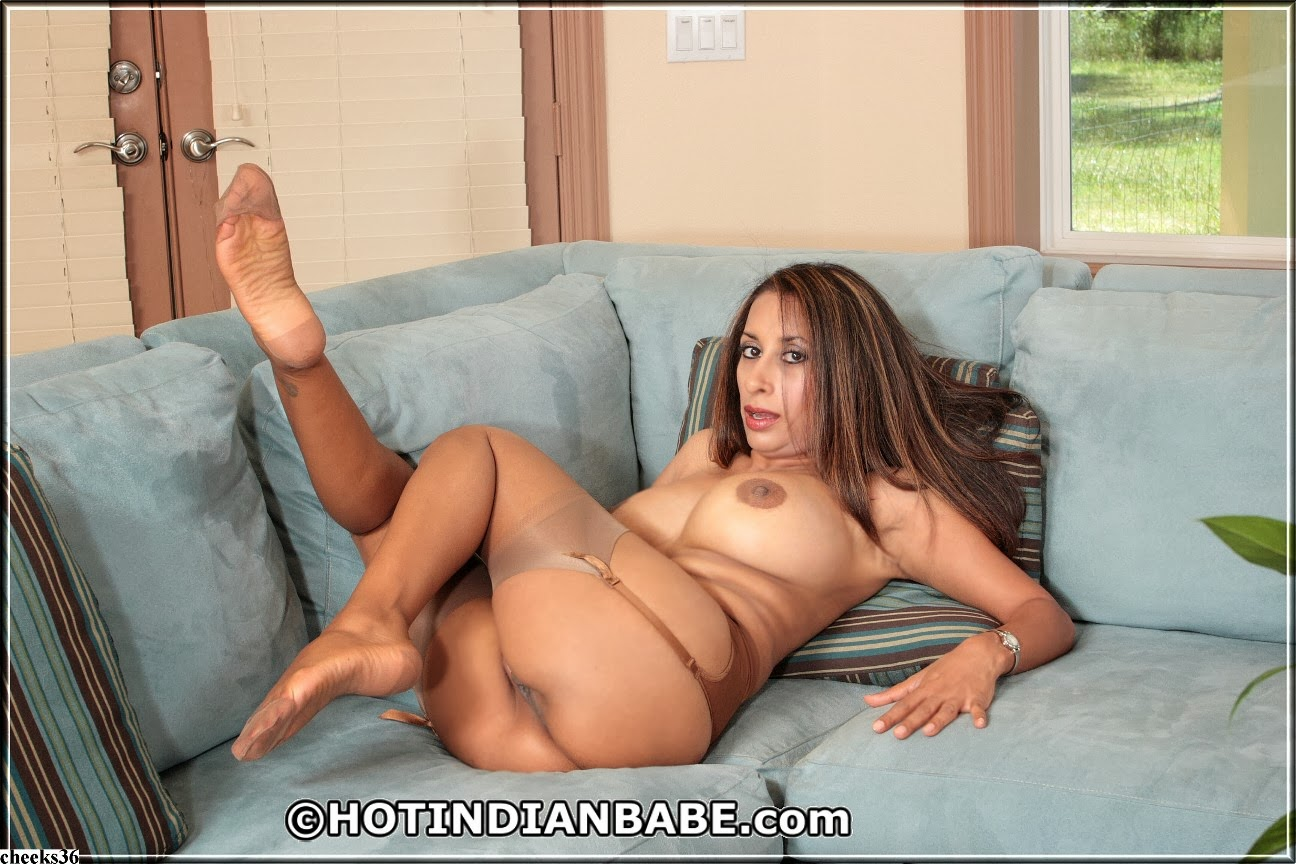 Plumper holly jayde gets fucked from behind 9