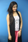 Anasuya latest sizzling photo shoot-thumbnail-17