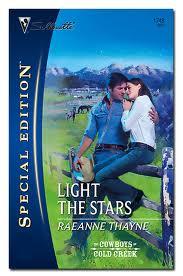 A la Luz de las Estrellas  – RaeAnne Thayne