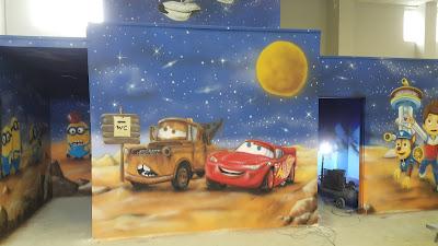 Malowanie pokoju dziecięcego w auta, malowanie samochodów, pokoje dziecięce, malowidło ścienne dla dzieci w pokoju, pokój chłopca, malowanie samochodów na ścianie