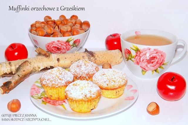 Muffinki orzechowe z Grześkiem.
