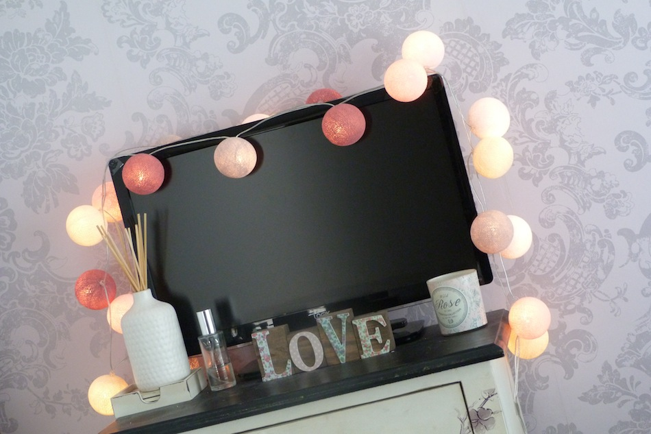 an image of cable and cotton fairy light review