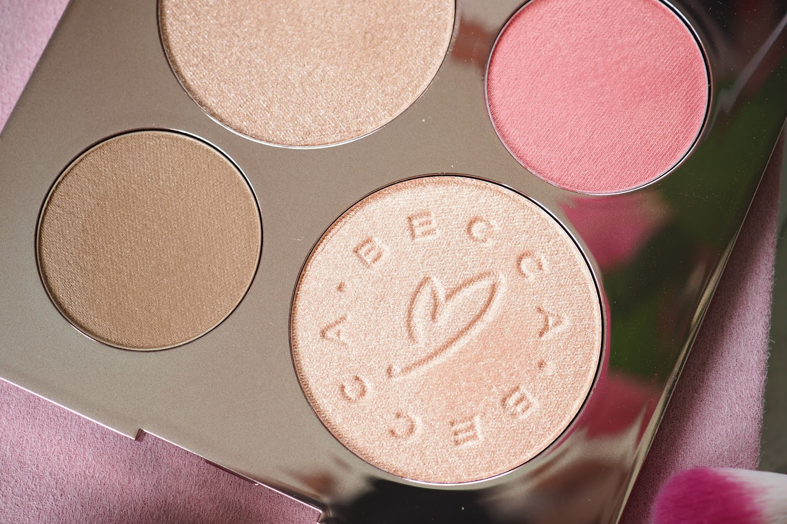 BECCA X Chrissy Teigen Glow Face Palette close up of shades