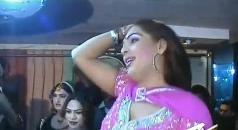 Shemale Paki 15