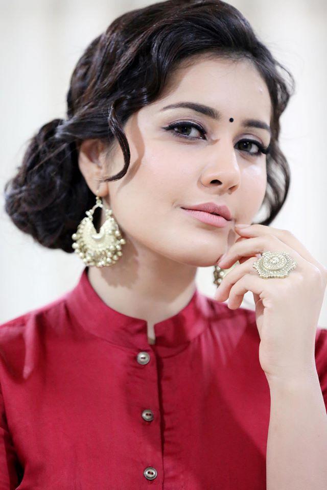Rashi Khanna Navel Show Photos In Red Dress