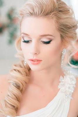 10 Tips for Outdoor Wedding Makeup