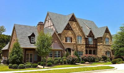 external image 1280px-English_Tudor_mansion.JPG