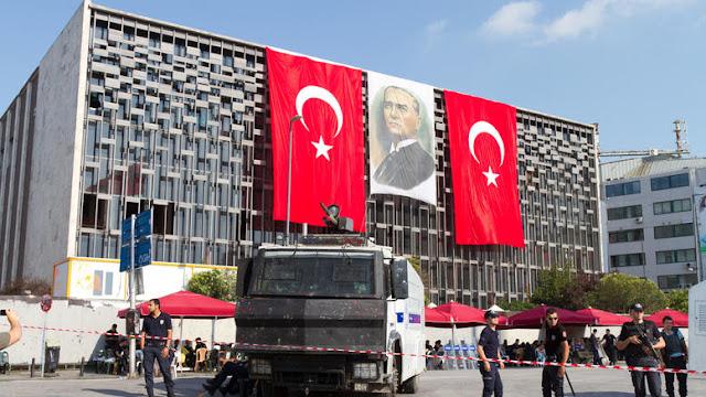 Τουρκία: Ένταλμα σύλληψης για 137 πανεπιστημιακούς