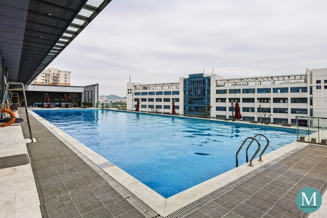 Outdoor Swimming Pool of Hilton Guangzhou Tianhe
