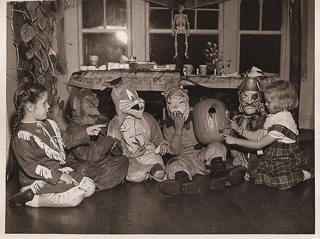 Funny Vintage Halloween Party Snapshots Vintage Everyday