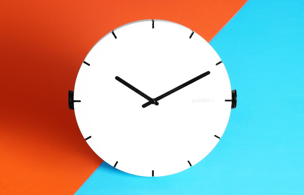 Move Your Time, l\'orologio orientabile di Guzzini | Dettagli Home Decor