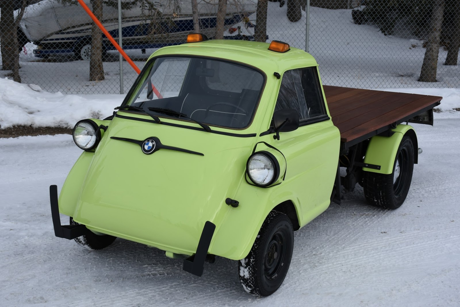 Bmw Isetta Is The Pickup You Never Knew You Wanted Carscoops