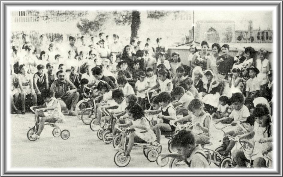 Fotos Antiguas De Ibi Juegos Infantiles En La Glorieta De Espana