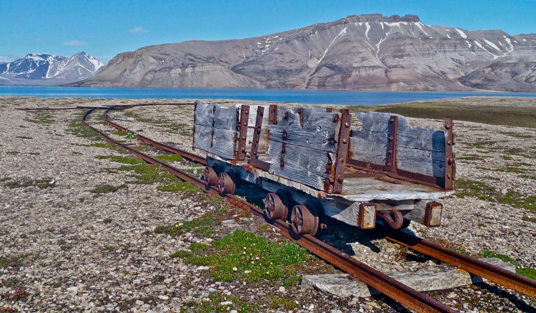 Brucebyen, antiguas instalaciones mineras
