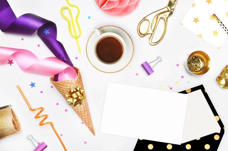 3 dettagli smart per biglietti di invito a una festa di compleanno
