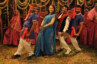 Ennodu Nee Irundhaal Tamil Movie Gallery  0033.jpg