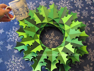 holly wreath sliceform torus