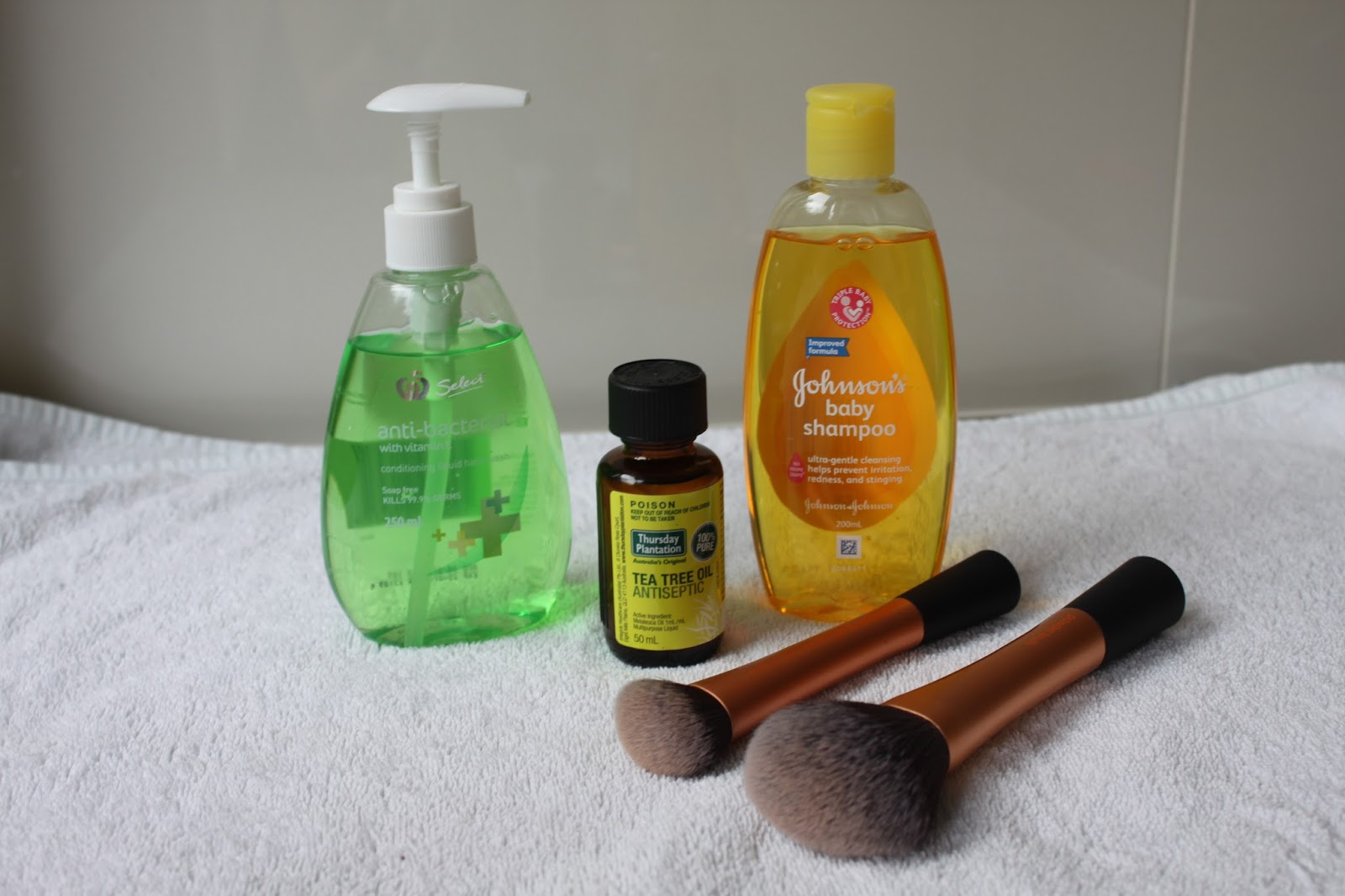 Make Up Brush Cleaning Products