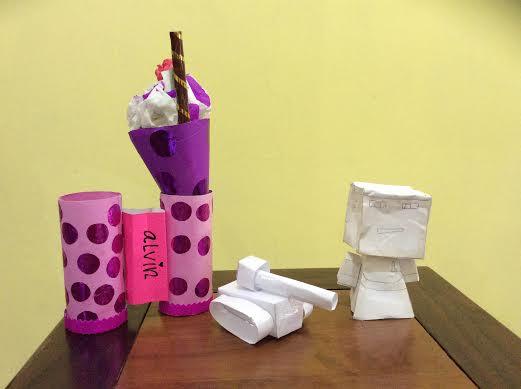 Membuat Paper Craft Bersama Anak