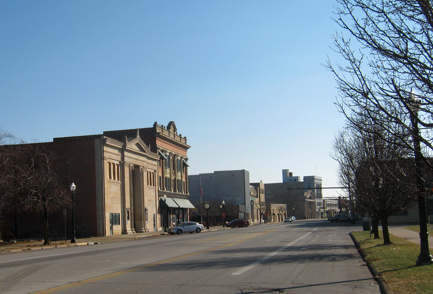 2011 04 01 archive in addition Landmarks 20Cleveland 20West 20Park as well mercial Break Steyven G Curry Art Show furthermore Good Italian Restaurant Review Of Sauce Pizza Wine further File Downtown Hemet   Harvard St at Florida Ave   Sunrise. on downtown lorain then