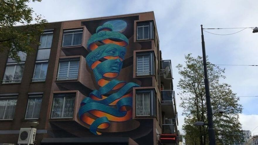 03-Optical-Illusion-Wild-Drawing-WD-Bringing-Murals-Art-and-Color-to-our-Cities-www-designstack-co